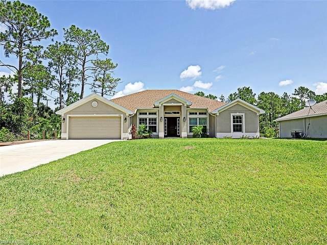 194 Townsend Court, Lehigh Acres, FL 33972 (#220040365) :: The Dellatorè Real Estate Group