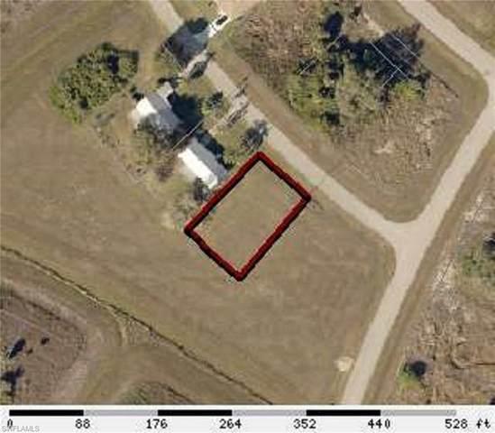 3026 Lancer Road, Labelle, FL 33935 (MLS #220040555) :: Clausen Properties, Inc.