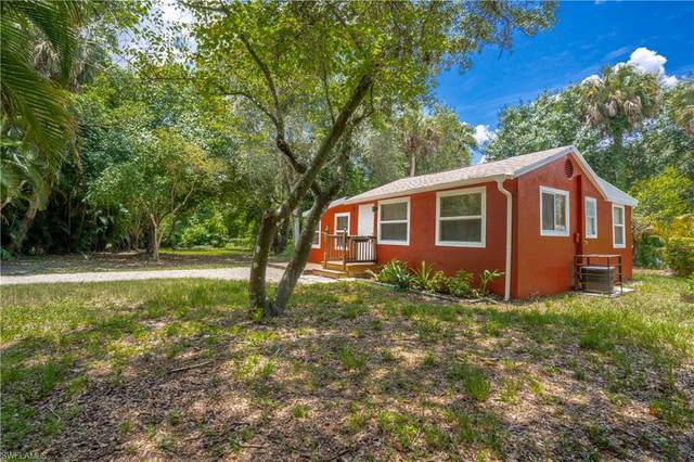 246 Delray Avenue, Fort Myers, FL 33905 (MLS #220040605) :: RE/MAX Realty Group
