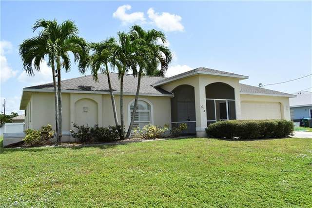 613 SE 24th Street, Cape Coral, FL 33990 (#220040707) :: The Dellatorè Real Estate Group