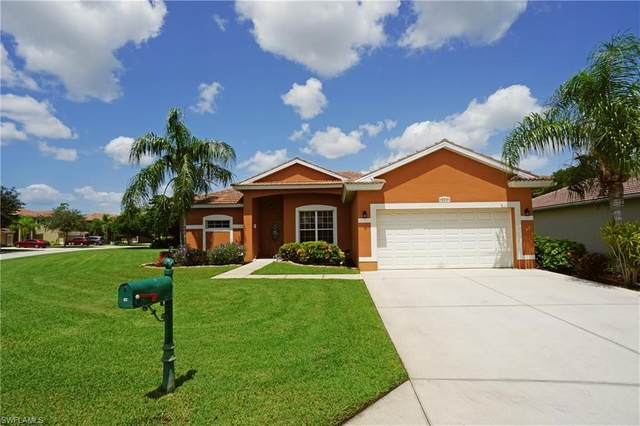 9579 Blue Stone Circle, Fort Myers, FL 33913 (MLS #220040736) :: Dalton Wade Real Estate Group