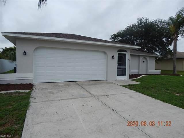 142 SE 7th Street, Cape Coral, FL 33990 (#220040953) :: The Dellatorè Real Estate Group