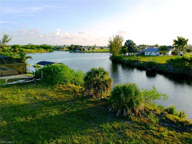 922 NW 32nd Place, Cape Coral, FL 33993 (MLS #220041068) :: Dalton Wade Real Estate Group