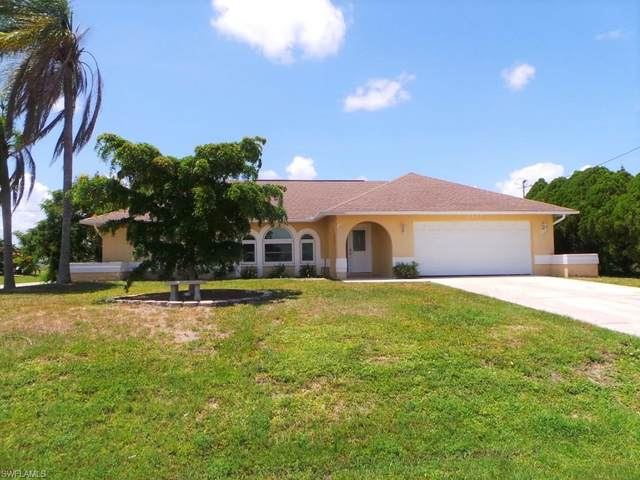 1402 SW 13th Terrace, Cape Coral, FL 33991 (MLS #220041216) :: Premier Home Experts