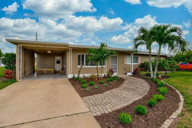 1449 Charles Road, Fort Myers, FL 33919 (#220041264) :: The Dellatorè Real Estate Group