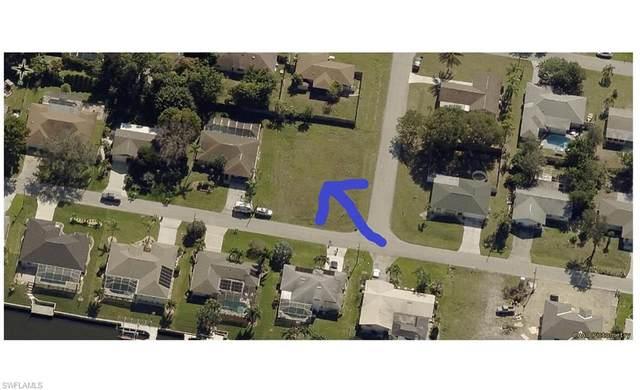 1302 SE 14th Street, Cape Coral, FL 33990 (#220041359) :: The Dellatorè Real Estate Group