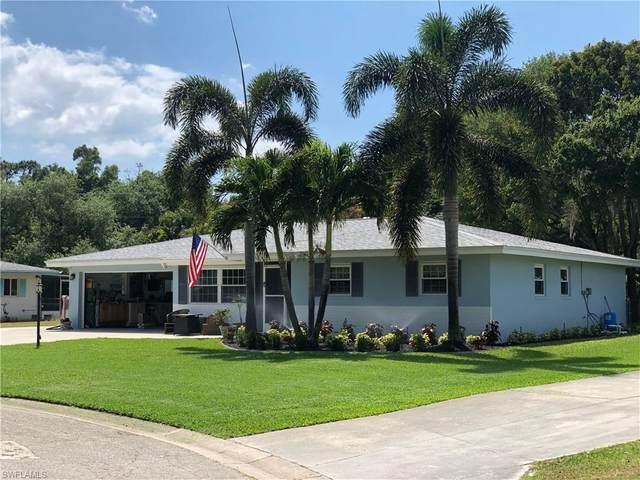 6215 Saint Andrews Circle N, Fort Myers, FL 33919 (#220041410) :: The Dellatorè Real Estate Group