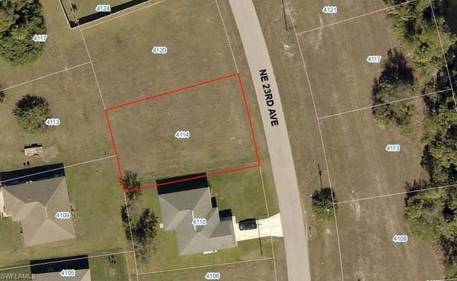 4114 NE 23rd Avenue, Cape Coral, FL 33909 (#220041667) :: The Dellatorè Real Estate Group