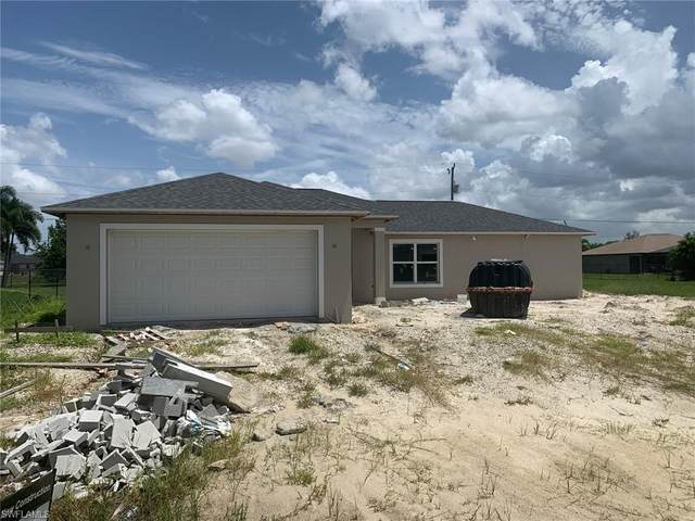 209 NW 11th Street, Cape Coral, FL 33993 (#220041690) :: Caine Premier Properties