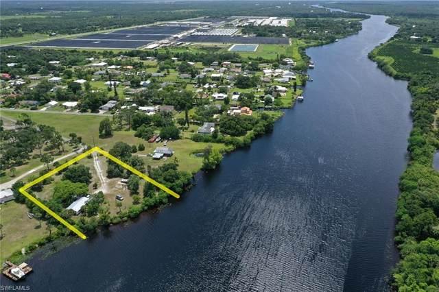 2121 Gardner Court, Alva, FL 33920 (#220041808) :: Caine Premier Properties