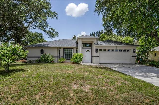 725 Arundel Circle, Fort Myers, FL 33913 (MLS #220041851) :: RE/MAX Realty Group