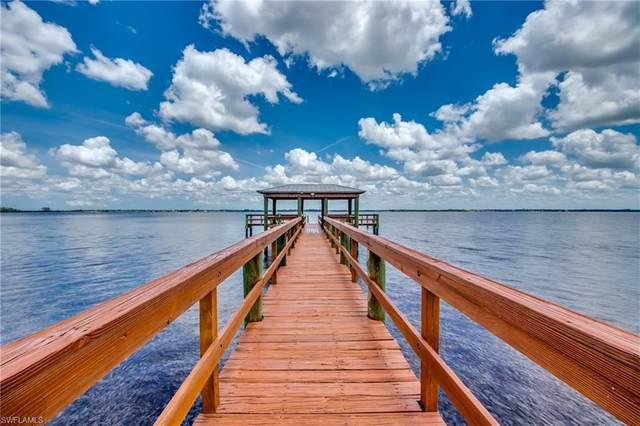 3225 E Riverside Drive 23B, Fort Myers, FL 33916 (MLS #220042110) :: Clausen Properties, Inc.