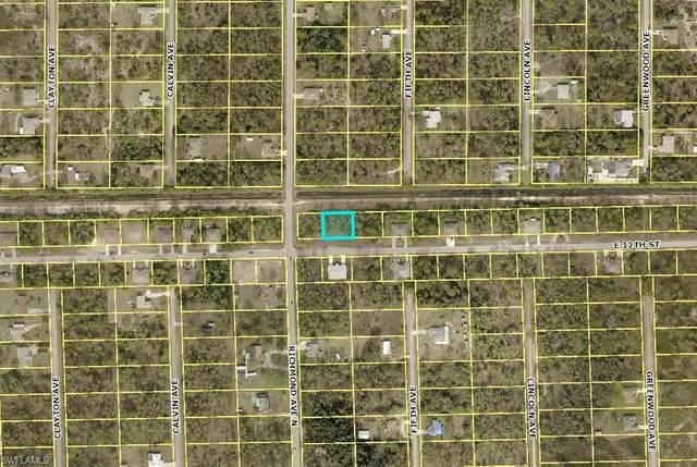 Lehigh Acres, FL 33972 :: RE/MAX Realty Team