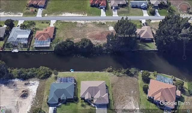1425 SW 13th Street, Cape Coral, FL 33991 (#220042209) :: The Dellatorè Real Estate Group