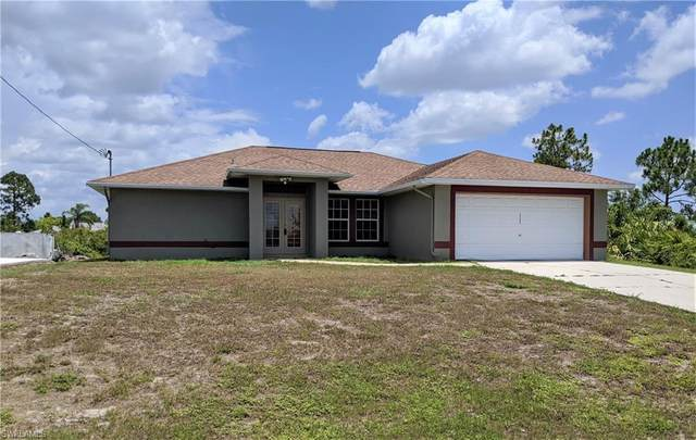 3206 8th Street W, Lehigh Acres, FL 33971 (MLS #220042281) :: Premier Home Experts