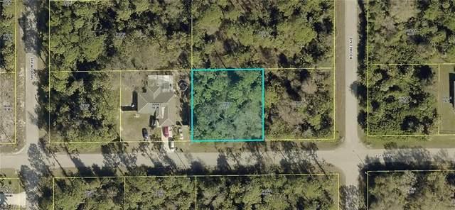 1905 E 7th Street, Lehigh Acres, FL 33936 (MLS #220042436) :: Palm Paradise Real Estate