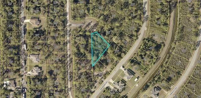 912 Briggs Court, Lehigh Acres, FL 33974 (MLS #220042452) :: Kris Asquith's Diamond Coastal Group