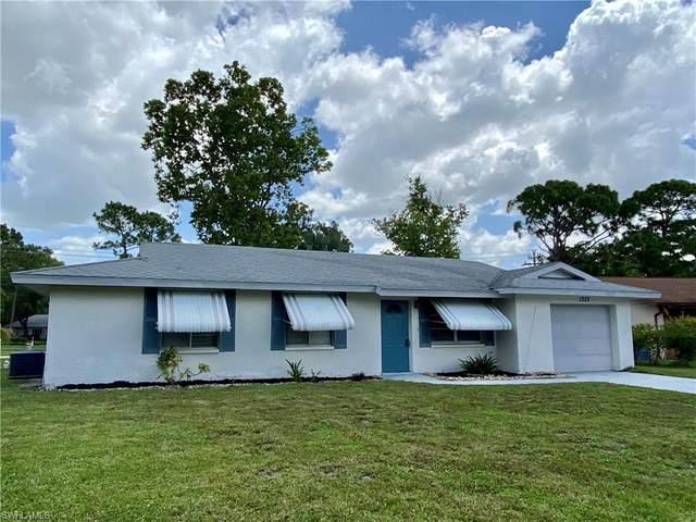 1323 Torreya Circle, North Fort Myers, FL 33917 (MLS #220042850) :: RE/MAX Realty Team