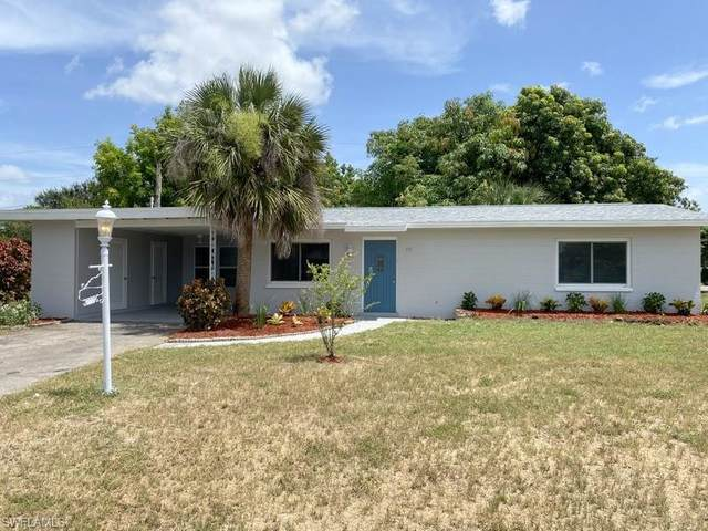 501 Jersey Road W, Lehigh Acres, FL 33936 (MLS #220043020) :: Palm Paradise Real Estate