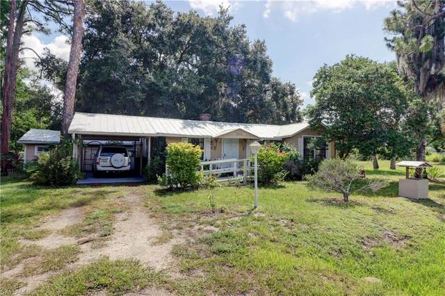 North Fort Myers, FL 33917 :: RE/MAX Realty Team