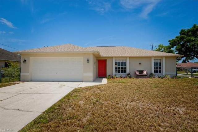 306 NW 2nd Place, Cape Coral, FL 33993 (MLS #220043516) :: #1 Real Estate Services
