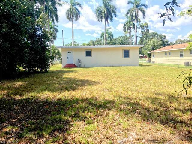 3916 Woodside Avenue, Fort Myers, FL 33916 (MLS #220043634) :: RE/MAX Realty Group