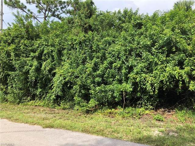 315 Austin Avenue, Lehigh Acres, FL 33974 (#220044032) :: Southwest Florida R.E. Group Inc