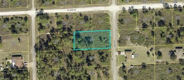 1717 Oak Avenue, Lehigh Acres, FL 33972 (#220044427) :: The Dellatorè Real Estate Group