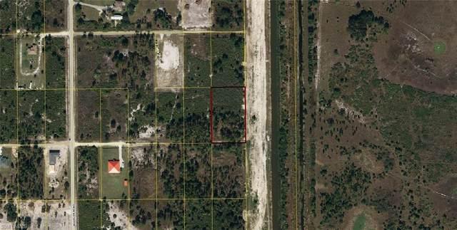 7500 2nd Terrace, Labelle, FL 33935 (MLS #220044680) :: Kris Asquith's Diamond Coastal Group