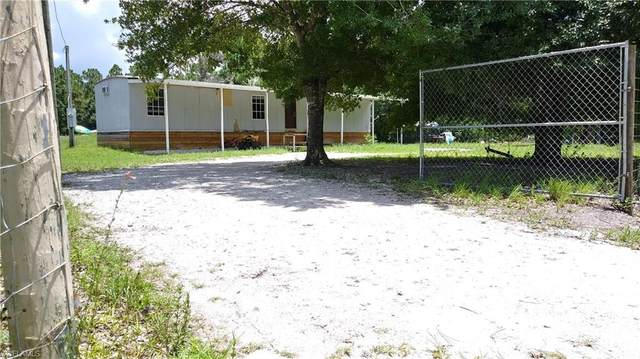 735 S Utopia Street, Clewiston, FL 33440 (#220045343) :: Southwest Florida R.E. Group Inc