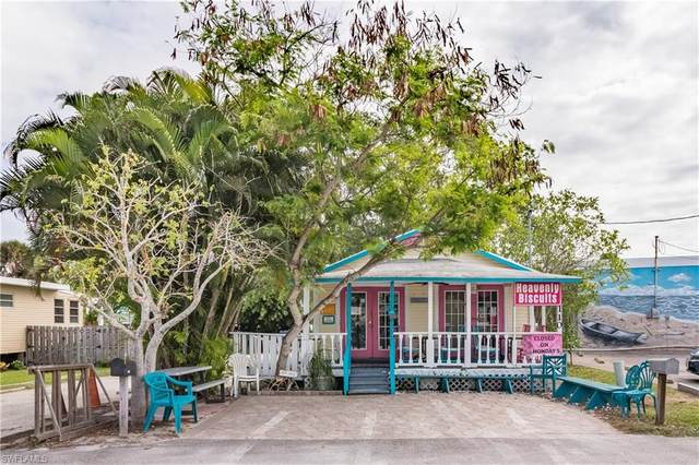 110 Mango Street, Fort Myers Beach, FL 33931 (MLS #220045736) :: RE/MAX Realty Group