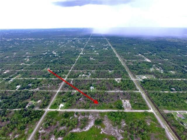 1113 Wells Avenue, Lehigh Acres, FL 33972 (MLS #220046310) :: Team Swanbeck