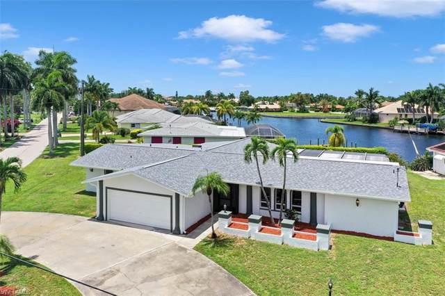 5368 Bayshore Avenue, Cape Coral, FL 33904 (#220047022) :: Southwest Florida R.E. Group Inc