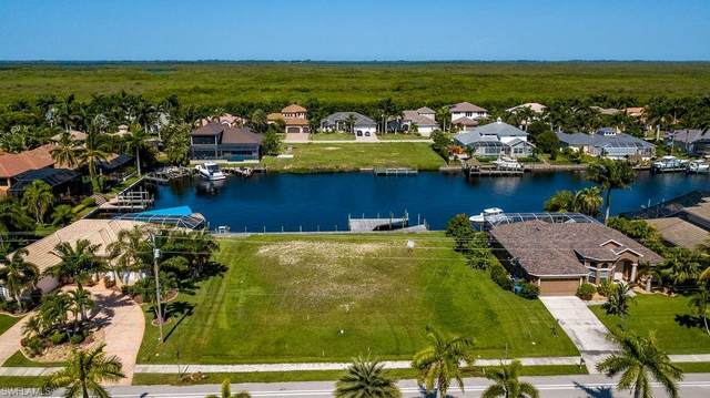 5418 Sands Boulevard, Cape Coral, FL 33914 (MLS #220047664) :: RE/MAX Realty Group