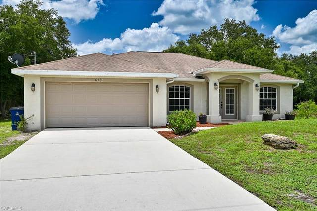 610 Tarapin Avenue, Lehigh Acres, FL 33974 (MLS #220048019) :: RE/MAX Realty Group