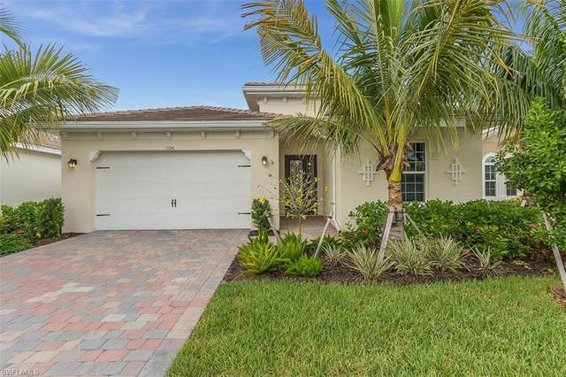 15241 Floresta Lane, Fort Myers, FL 33908 (#220048105) :: The Dellatorè Real Estate Group