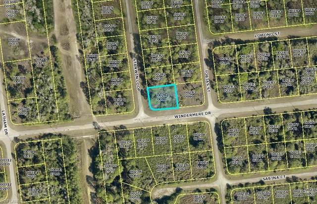 685 Stanwin Loop, Lehigh Acres, FL 33972 (#220049050) :: The Dellatorè Real Estate Group
