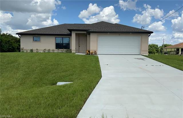 131 NW 27th Avenue, Cape Coral, FL 33993 (MLS #220049288) :: Premier Home Experts