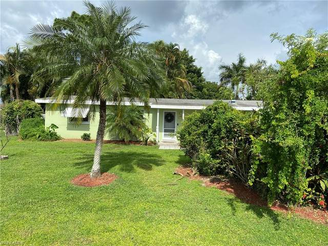 1376 Evalena Lane, North Fort Myers, FL 33917 (#220049289) :: Caine Premier Properties