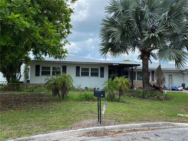 116 Grandview Circle, Lehigh Acres, FL 33936 (MLS #220049494) :: Uptown Property Services