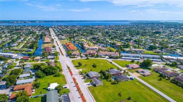 728 Victoria Drive #201, Cape Coral, FL 33904 (MLS #220049621) :: Florida Homestar Team