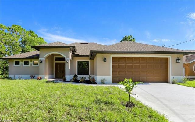 2802 12th Street W, Lehigh Acres, FL 33971 (MLS #220049710) :: Team Swanbeck