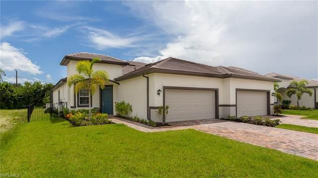 1178 S Town And River Drive, Fort Myers, FL 33919 (MLS #220050115) :: Kris Asquith's Diamond Coastal Group