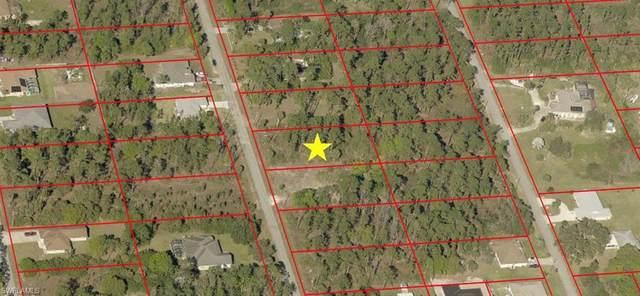 908 Henry Avenue, Lehigh Acres, FL 33972 (MLS #220050348) :: Premier Home Experts