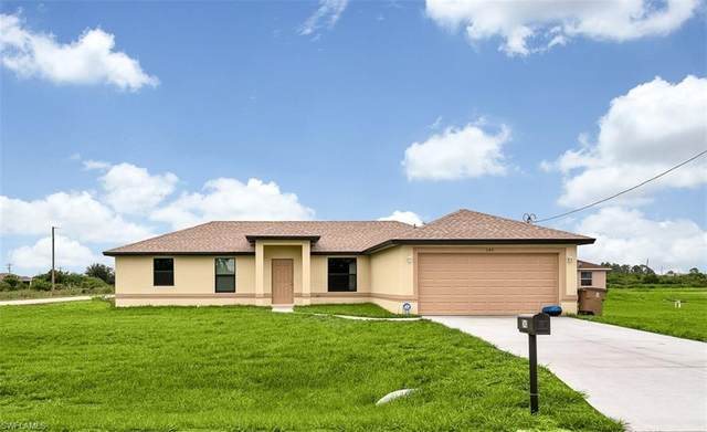 3802 34th Street SW, Lehigh Acres, FL 33976 (MLS #220051091) :: RE/MAX Realty Team