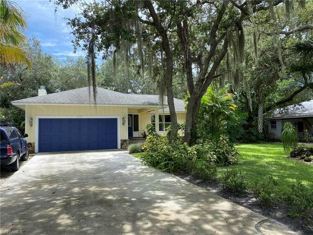 2448 Harbor Road, Naples, FL 34104 (#220051719) :: Southwest Florida R.E. Group Inc