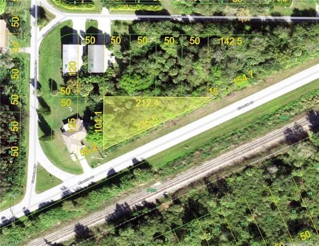Riverside Drive, Punta Gorda, FL 33982 (MLS #220052012) :: Florida Homestar Team