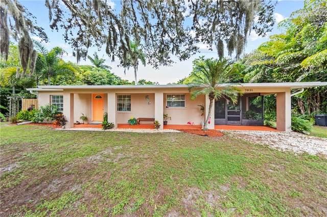 7831 Lobean Lane, Bokeelia, FL 33922 (#220052321) :: The Dellatorè Real Estate Group