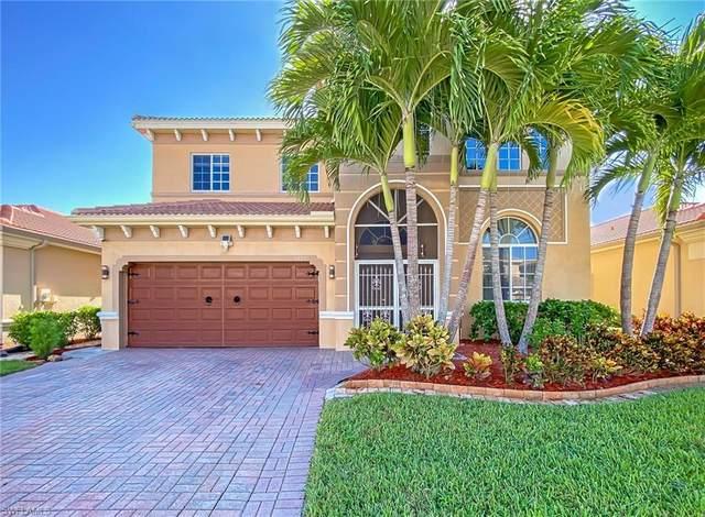 15379 Laguna Hills Drive, Fort Myers, FL 33908 (MLS #220053090) :: Florida Homestar Team
