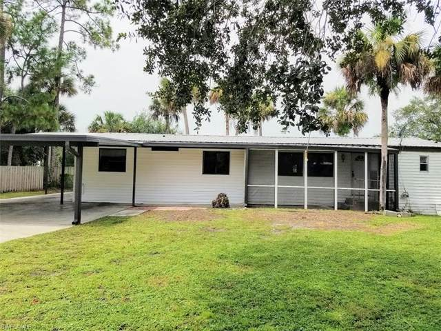 604 Bridle Way, Labelle, FL 33935 (MLS #220053359) :: Clausen Properties, Inc.